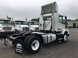 2006 volvo semi truck volvo single axle daycabs for sale