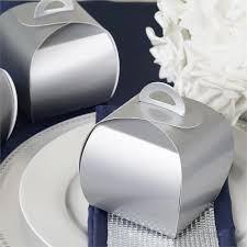 25 cupcake wedding favors ideas silver cupcake muffin favor boxes bridal shower favor gift