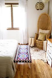 Diy Bedroom Bench Diy Bedside Bench U2013 A Beautiful Mess