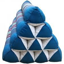 triangular cushion style 10
