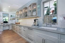 cuisine beige et gris cuisine plan de travail cuisine gris avec beige couleur plan de