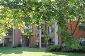 2 Bedroom Apartments For Rent Louisville Ky by Park Laureate Apartments Rentals Louisville Ky Apartments Com