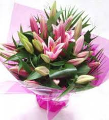 stargazer bouquet sarniaflowers handtied bouquet of stargazer lilies