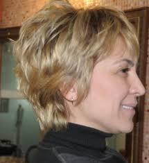 short layered razor haircut for women