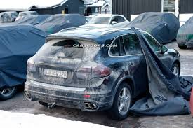 Porsche Cayenne Facelift - spy shots wind blows the covers off 2015 porsche cayenne facelift