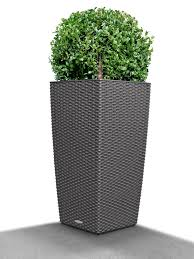 cubico cottage wicker self watering planter 22