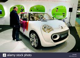 citroen electric paris france car shopping