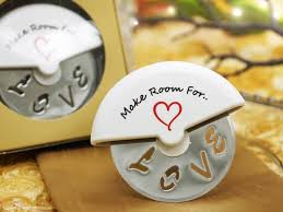 personalized pizza cutter make room for pizza cutter in favor box efavormart
