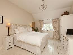 cozy bedroom ideas 10 cozy bedroom ideas hative