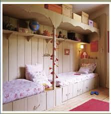 diviser une chambre en deux déco chambre enfants diviser la chambre en deux mamans et