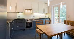 glaspaneele küche glaspaneele kche wohnideen fliesen dunkel ansprechend auf
