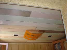 lambris pvc chambre lambris pvc de couleur awesome chambre pictures matkin info