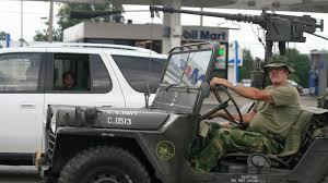 m151 jeep eccentric man in jeep blows kid u0027s mind