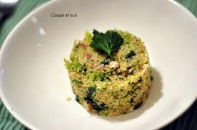 cuisiner brocolis risotto de quinoa brocolis lard et graines de coupe et cuit
