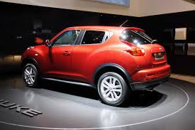 nissan crossover juke 2011 nissan juke crossover premieres in geneva new photos plus video