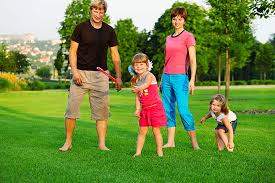 To Play With Family 10 To Play At The Park With Your