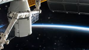 space station u2013 off the earth for the earth