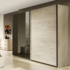 armoire chambre une armoire pour chambre adulte coloris chêne blanchi