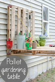 Gardening Table 25 Garden Pallet Projects