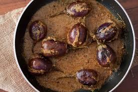 ringan ravaiya recipe parsi style stuffed eggplant recipe by