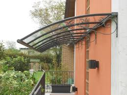 tettoia autoportante tettoie trasparenti pensiline in plexiglas e molto altropensiline