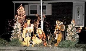 Bellevue Baptist Church Singing Christmas Tree by Nativity Usa