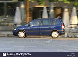 opel zafira 2003 car opel zafira 1 8 executive model year 2003 dark blue van