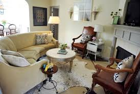 cowhide rugs and a few ways of using them in your interior décor