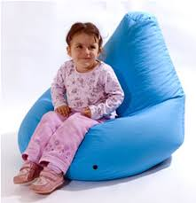 iconic mona lisa cushion