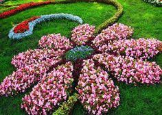 Small Backyard Flower Garden Ideas 12 Beautiful Flower Beds That Will Inspire Yard Landscaping