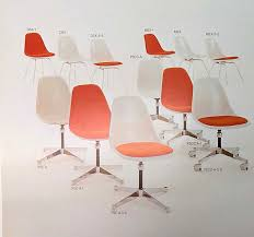 vintage vitra authentic eames fiberglass chairs vitra vitrahaus