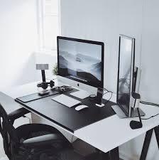 Imac Desk by Vedi La Foto Di Instagram Di Minimalsetups U2022 Piace A 3 559