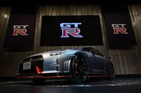 nissan gtr model car nissan u0027s 600 horsepower 150 000 gt r tops insurance costs the