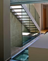 escalier bois design escalier design métallique et marches bois à lyon escalier