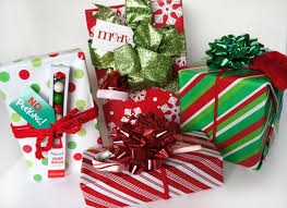 christmas bows for presents 297 best gift wrapping and gift baskets images on