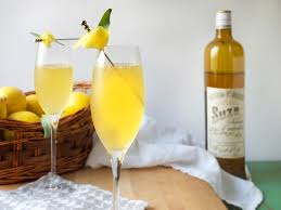 16 festive thanksgiving cocktails you u0027ll truly be thankful for