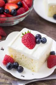 berries and cream sheet cake recipe