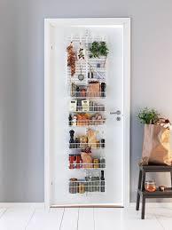 porte de la cuisine rangement cuisine nos idées déco pour une cuisine organisée