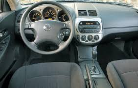 2006 Nissan Altima 2 5 S Interior Vmr Canada Used Car Review 2002 2006 Nissan Altima