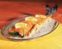cuisiner saumon congelé saumon entier sauce aux herbes colruyt