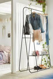 Schlafzimmer Zeta Kommode Die Besten 25 Kleiderablage Ideen Auf Pinterest