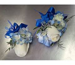 where can i buy a corsage and boutonniere for prom prom corsages boutonnieres delivery ottawa on flowers