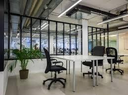 locaux bureaux location de bureau grand bureau parfait pour startup à