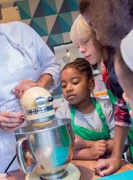 atelier cuisine pour enfants cours de cuisine pour enfants à les adresses près de chez vous