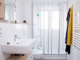 badezimmer erneuern kosten das bad renovieren modernisierung für jedes budget bauen de