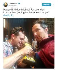 Thor Birthday Meme - thor ragnarok s director taika waititi s twitter account is gold