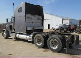 2000 freightliner fld120 classic xl semi truck item d3076