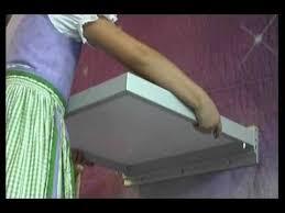 wandklapptisch balkon klapptisch aufhängen design tisch wand küche balkon