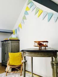 lumiere chambre enfant décoration chambre enfant petit garçon meubles chinés lumière