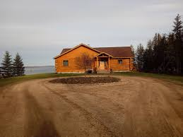 the lakehouzz beaautiful lakefront log home curtis upper